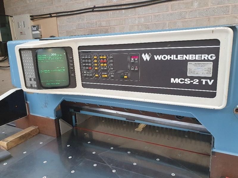 Wohlenberg 92 MCS-2 TV Guillotine