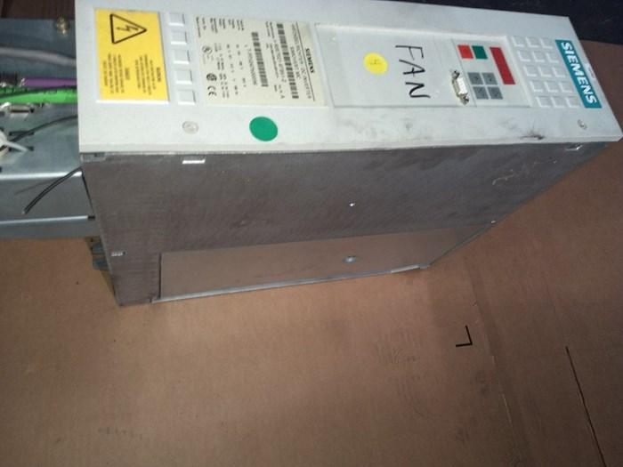 Siemens Master Drive 6SE7021-8TB51-Z