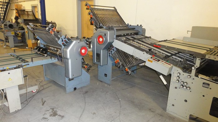 "Stahl B30 30"" (6) plate continuous feed folder w/ 8 pg. attachment - reconditioned"