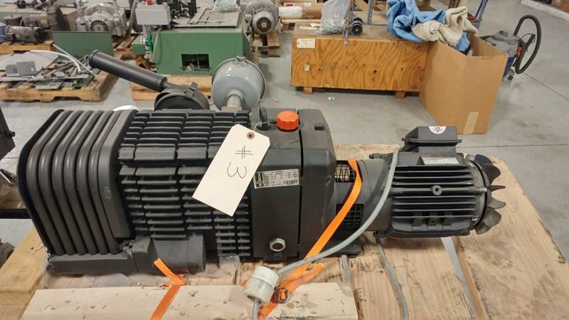 Busch vacuum pump 200S
