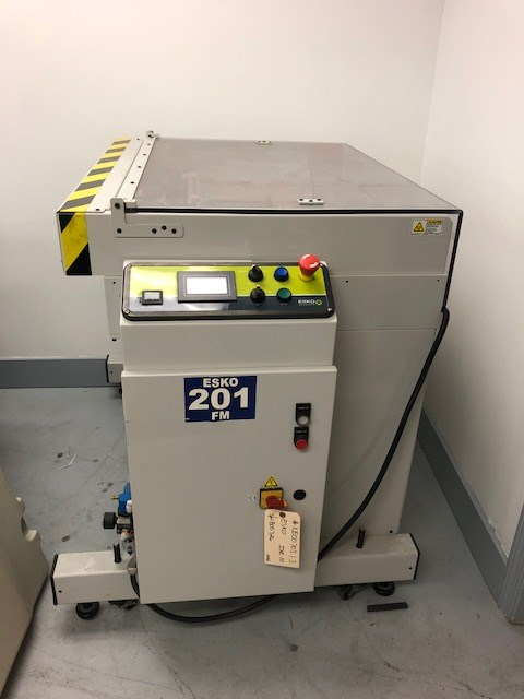 Esko/Kongsberg IXE10 high speed digital cutting table