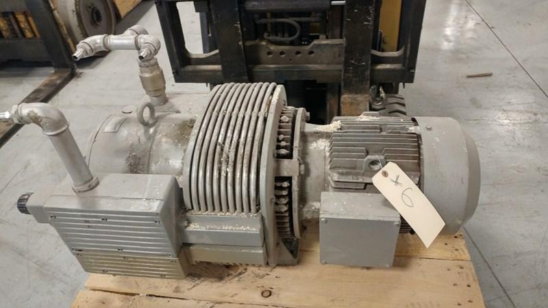 1998 Rietschle vacuum pump type CLFT 101 DV (02)
