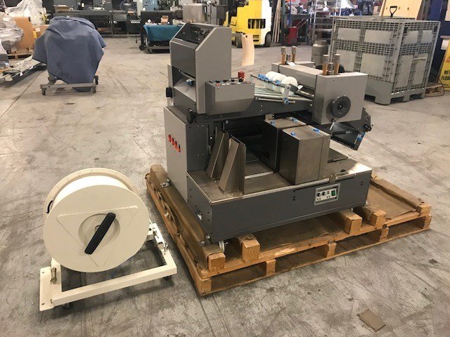 Horizon TST-37 crusher/stacker w/ plastic banding
