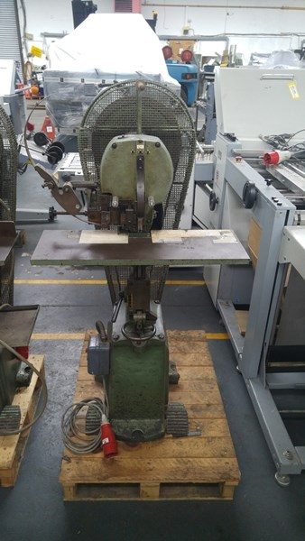 Brehmer 685 Single Headed Stitcher