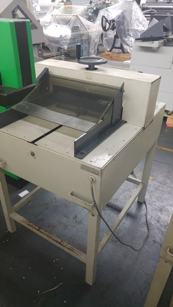 Ideal 5210 Guillotine