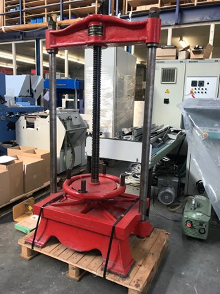 Spindle Book Press