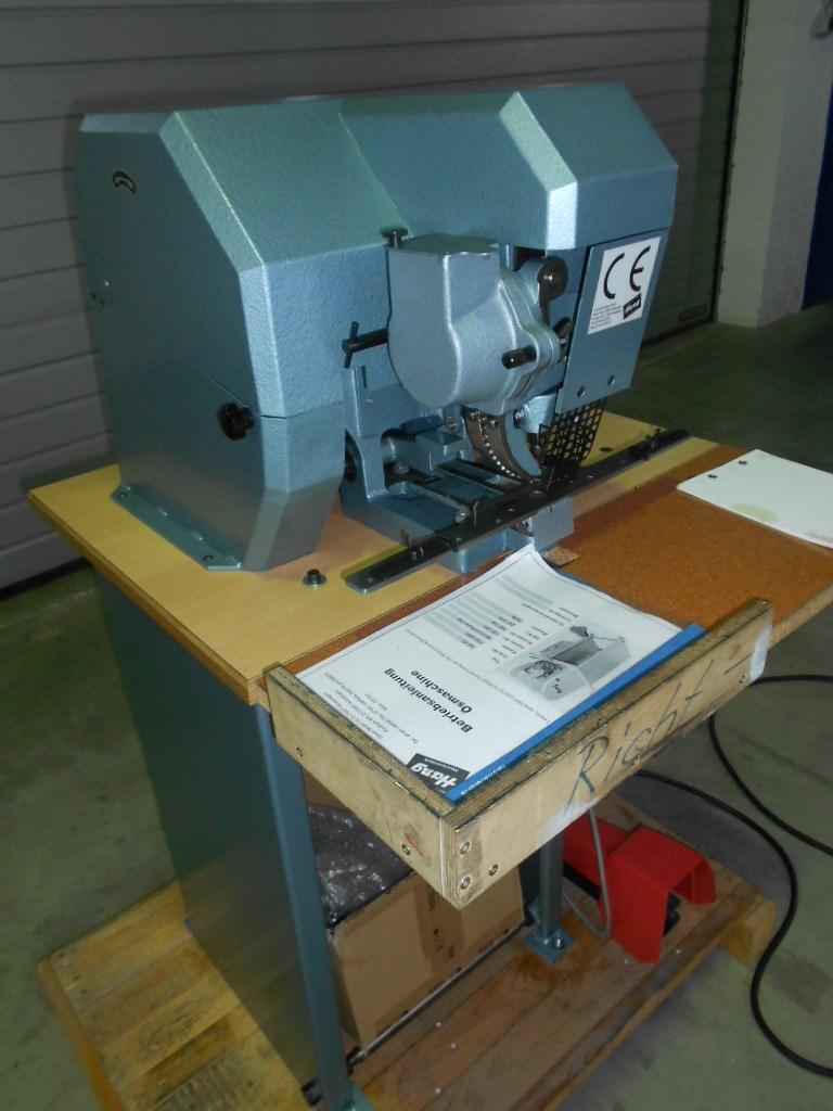 Hang 103-51 Eyelooping machine
