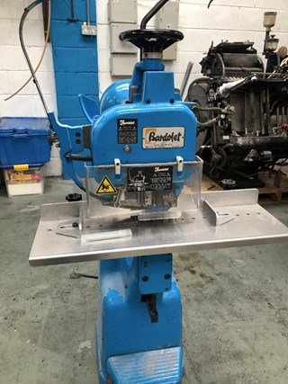 Bardolet C 25 40 Wire Stitching Machine