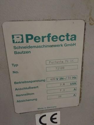 Perfecta 76 UC Guillotine
