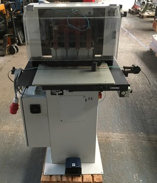 4 Head drilling machine