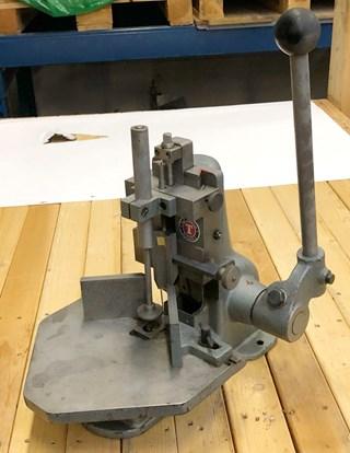 Tranklein EH-1 Corner cutter