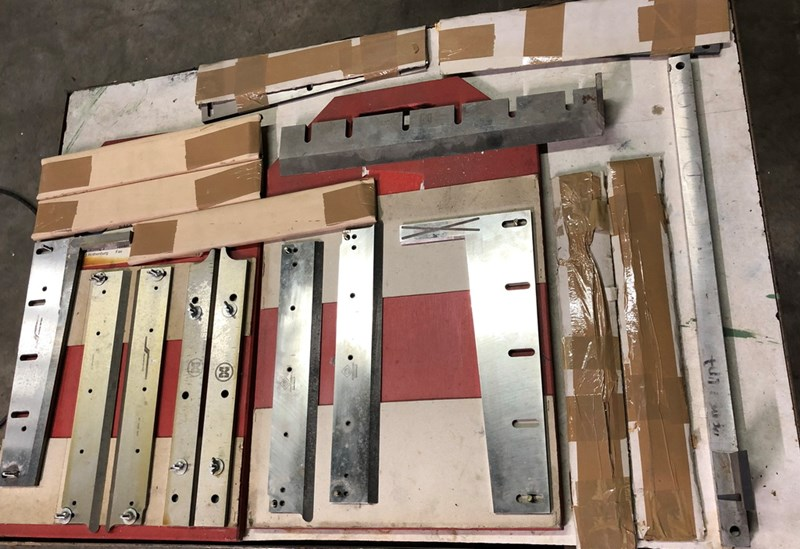 Müller Martini  4th+5th knife kit  890 trimmer