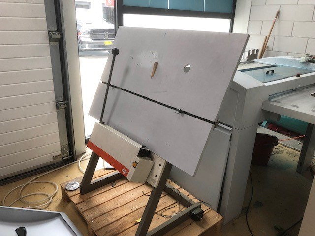 Bacher 2045 Plate Punch