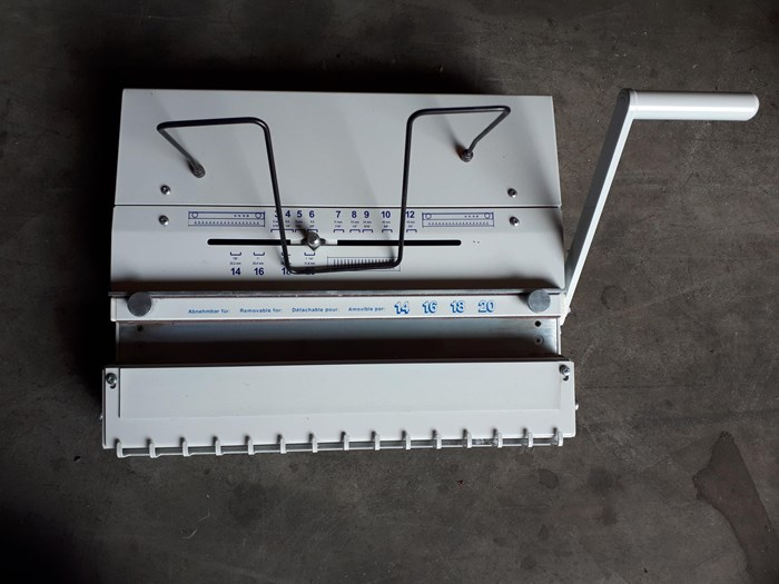BOMCO CL 2 Wirecloser