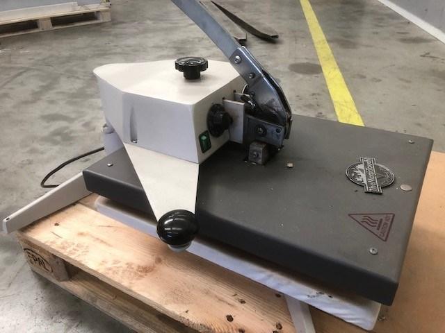 Insta 221 EUR Heat Seal Machine