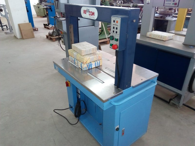 Refacom Strapping machine