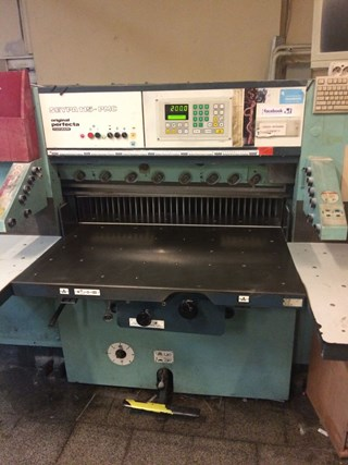 cutting machine Perfecta 115 PMC-1, age 1989