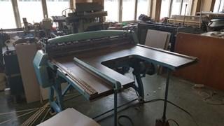 Polygraph board cutter