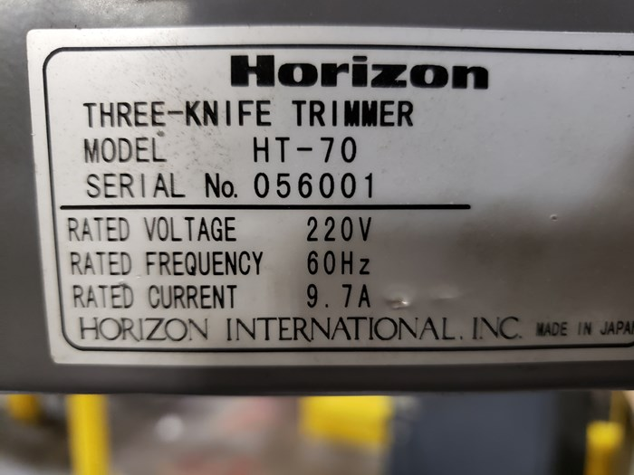 Horizon HT-70 Three Knife Trimmer