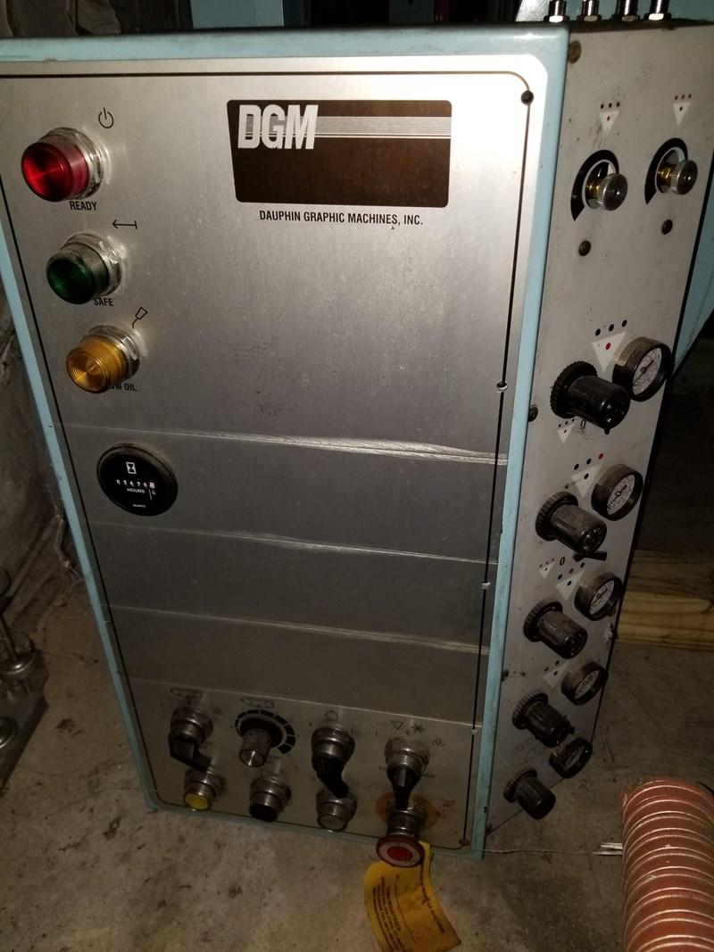 DGM 1030 Folder