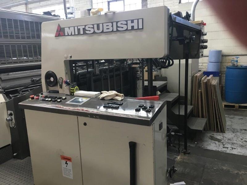 2001 Mitsubishi 440P+Coater