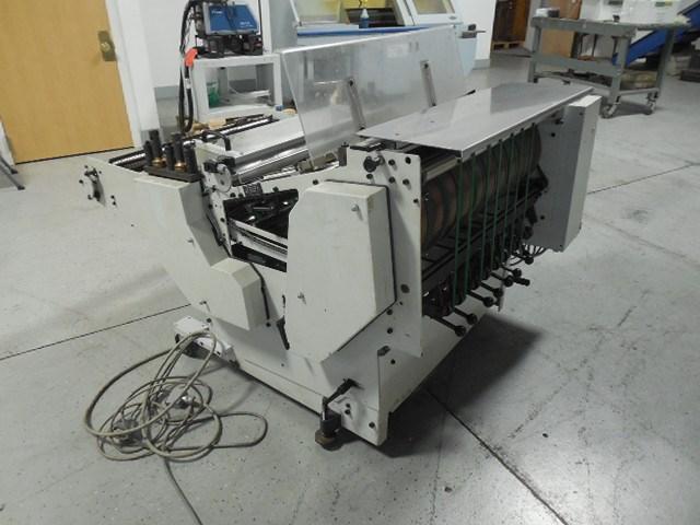 Heidelberg VSA-3-86M vertical crusher/stacker delivery for folders
