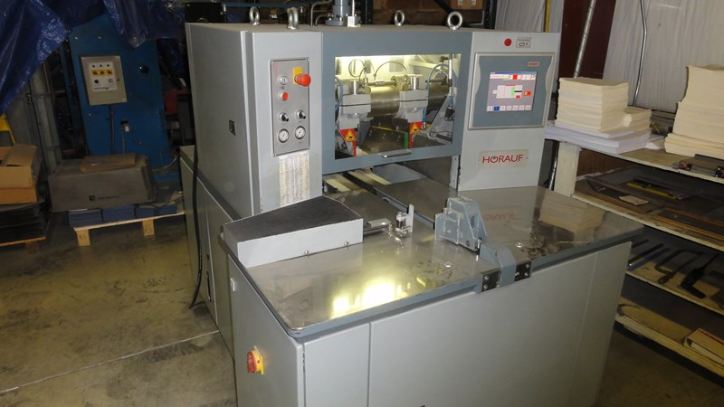 2007 Hoerauf SN140 automated three knife trimmer