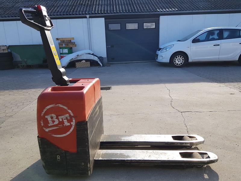 BT Pallet Lifter 1300KG