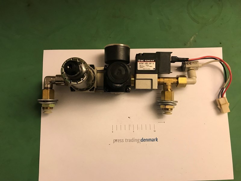 Pneumatic group + classic +A +8C2 from Heidelberg Suprasetter 105 part nr: EVT307-5DO-02F-Q