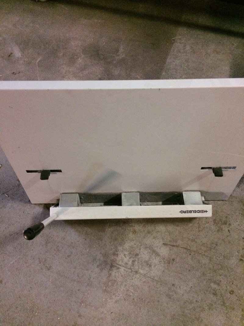 Heidelberg Plate Punch For PM/SM 52