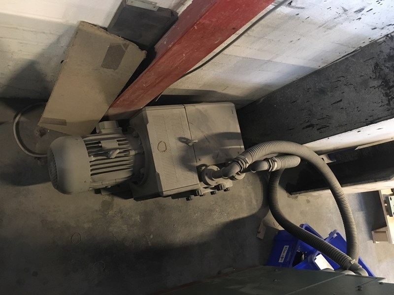Muller Martini 335/6 + Cover feeder