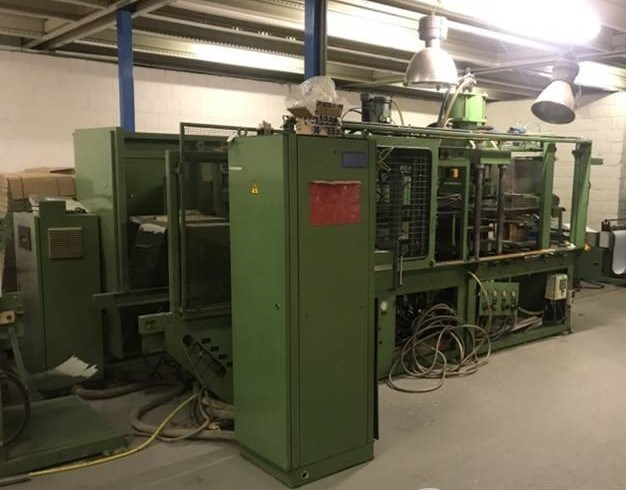 Kiefel KL 2 EH High speed vacuum thermoforming