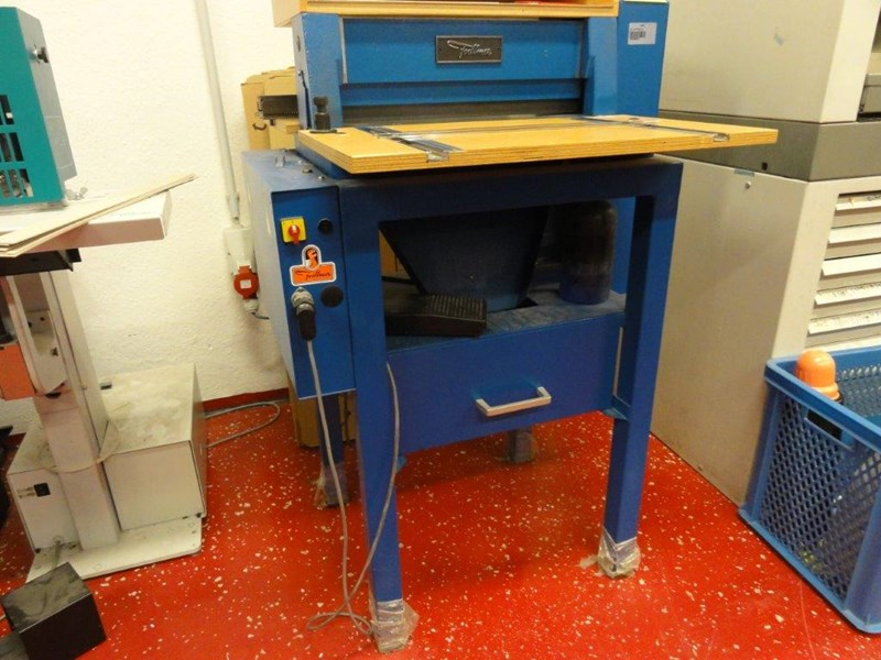 Foellmer 45 ME Motor perforation machine