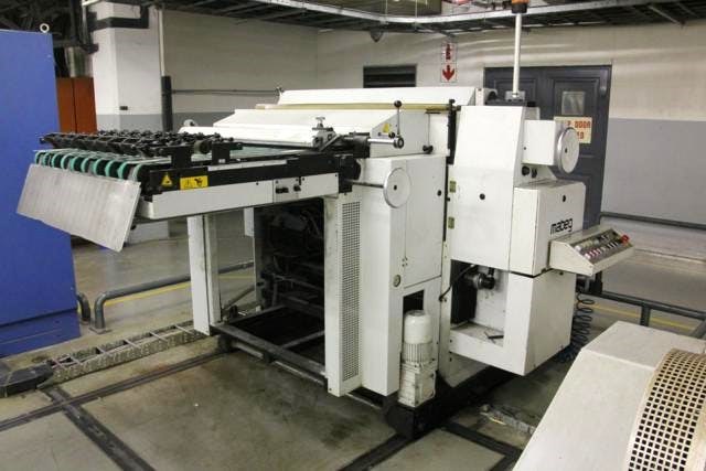 Mabeg RB-70 roll to sheet feeder