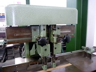 Hang 2-head spindle screw drilling machine