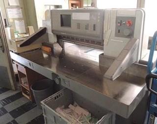 POLAR 92E guillotine