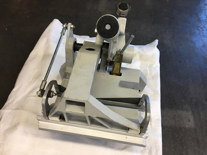 Clamp for KOLBUS Perfect Binder KM 411.C
