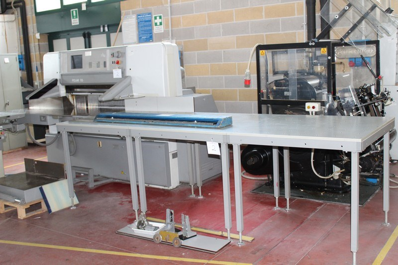Used Polar Mohr Type 115e Guillotine Paper Cutting Machine
