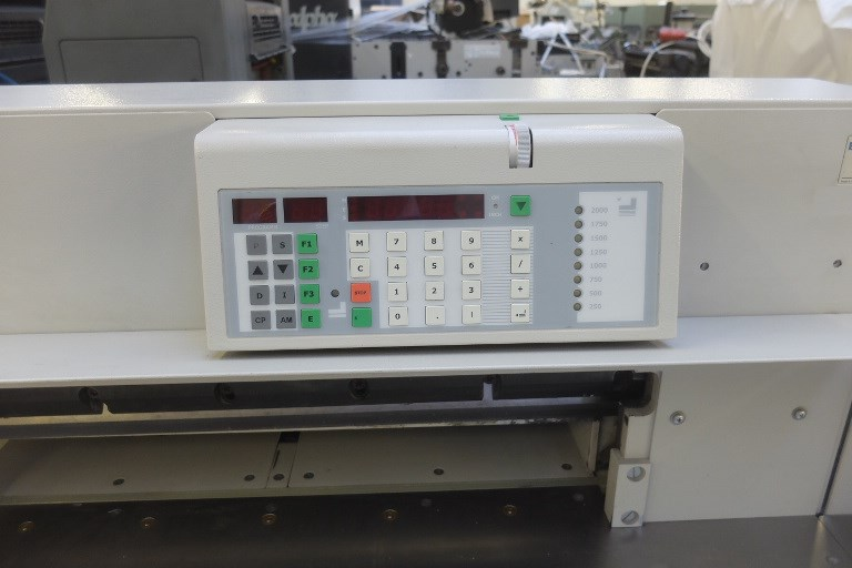 EBA 721 LT Programmable Guillotine