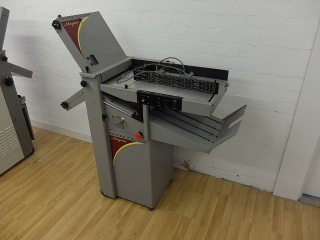 Morgana Junior Folding Machine