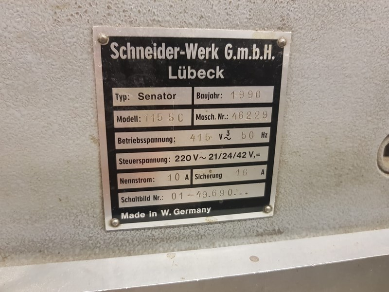 Schneider Senator 115SC Fully Programmatic Guillotine