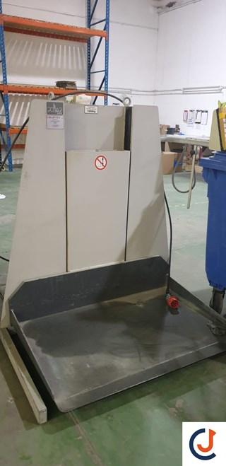 Polar LW 1000-4 Paper Lift
