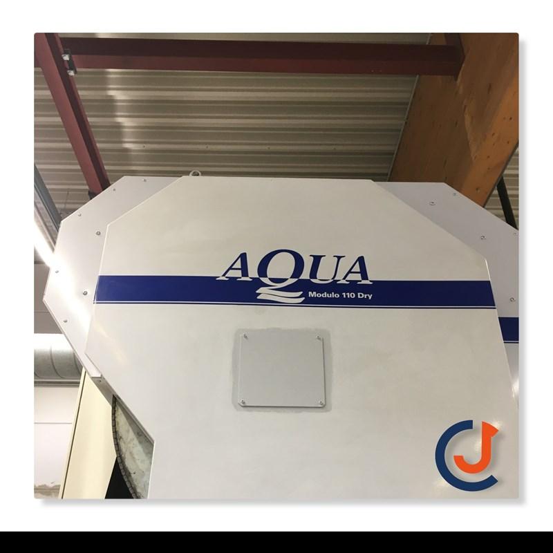 Aqua 110