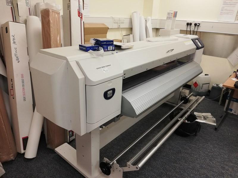 8264E™ Color Wide Format Printer