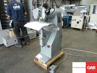 Hohner Favorit wire stitcher