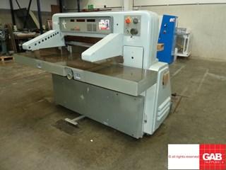 Polar 92 em paper cutter